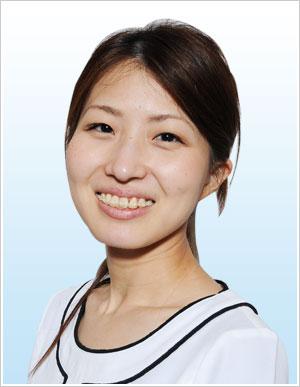 歯科助手 茨木 真輝子