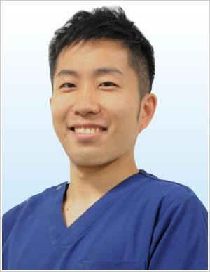歯科医師 森本泰介